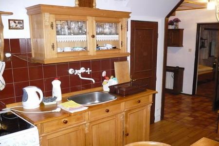 Chaty a chalupy k pronajmutí - Chalupa v Pasekách - kuchyň